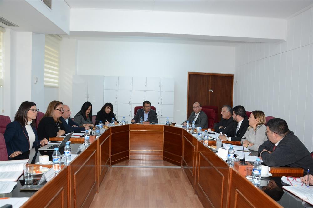Meclis İçtüzük (Değişiklik) Karar Önerisini Görüşmek Üzere Oluşturulan Geçici (Ad-Hoc) Komite Toplandı