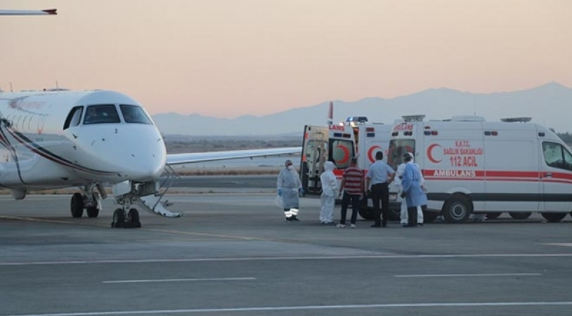 KKTC'deki COVID-19 hastalarının Türkiye'ye nakli devam ediyor