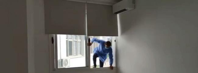 'Pandemi Merkezi'nin kapısı yok, doktorlar pencereden giriyor