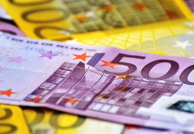 Şimdi de Euro rekor tazeledi!
