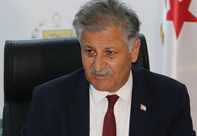 Sağlık Bakanı Ali Pilli'den koronavirüsten yaşamını yitiren Aziz Çavlin için başsağlığı mesajı