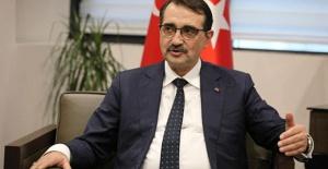 """TC Enerji Bakanı Dönmez: """"Oruç Reis, Akdeniz'in röntgenini çekiyor"""""""