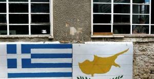 """Yunanistan Dışişleri Sözcüsü: """"Güney Kıbrıs'ın Türkiye'ye yaptırım arayışını destekliyoruz"""""""