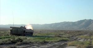 Azerbaycan, Ermenistan İHA'sı düşürdü