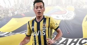 Mesut Özil geliyor...